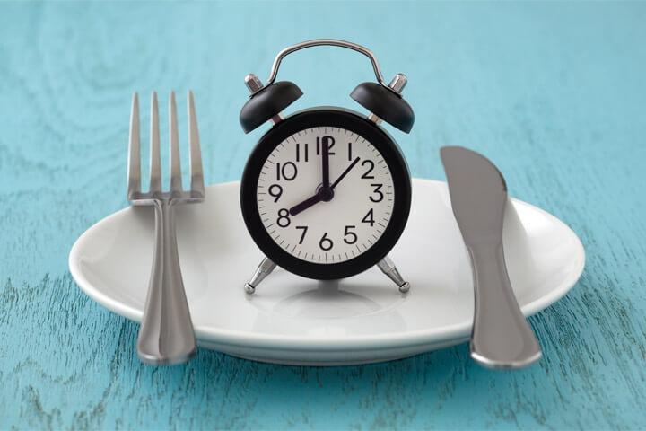 プチ断食とは?半日のプチ断食のやり方は?