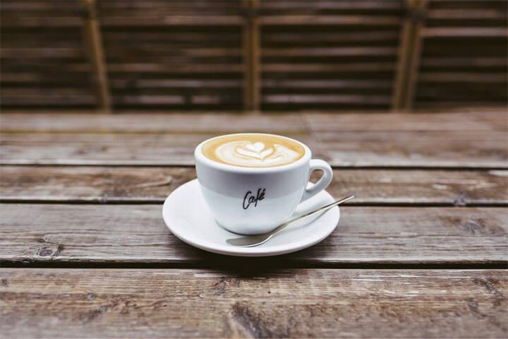 プチ断食中の飲み物|コーヒーやプロテインは飲んでいい?