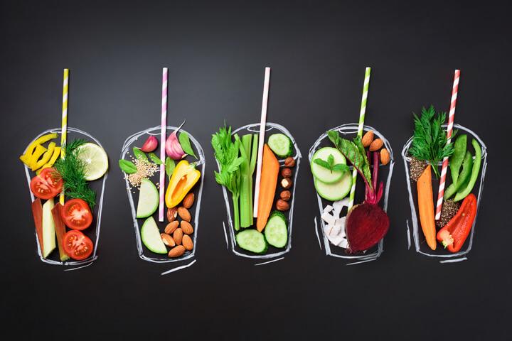 ファスティング中にスムージーを飲んでも効果はある?どんな基準で選べばいいの?