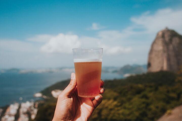 もしお酒を飲みたくなったら、ノンアルコールのものを